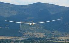 El vuelo sin motor y el parapente quedan garantizados en el plan rector de Guadarrama
