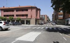 El barrio de San Juanillo de Palencia despide con aplausos el cortejo fúnebre del fallecido Jesús Paredes
