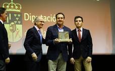 Avenida y Vicente Zarza, Salinas de Oro y Honor de los Premios Anuales del Deporte Salmantino