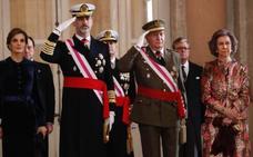 Don Juan Carlos regresa a la actividad de la Familia Real de la mano de la Constitución
