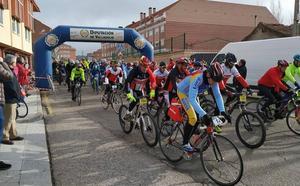 La Cistérniga celebró con éxito la VI Edición de la Carrera del Pavo