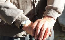 El número de ancianos que viven solos aumenta un 1% cada año