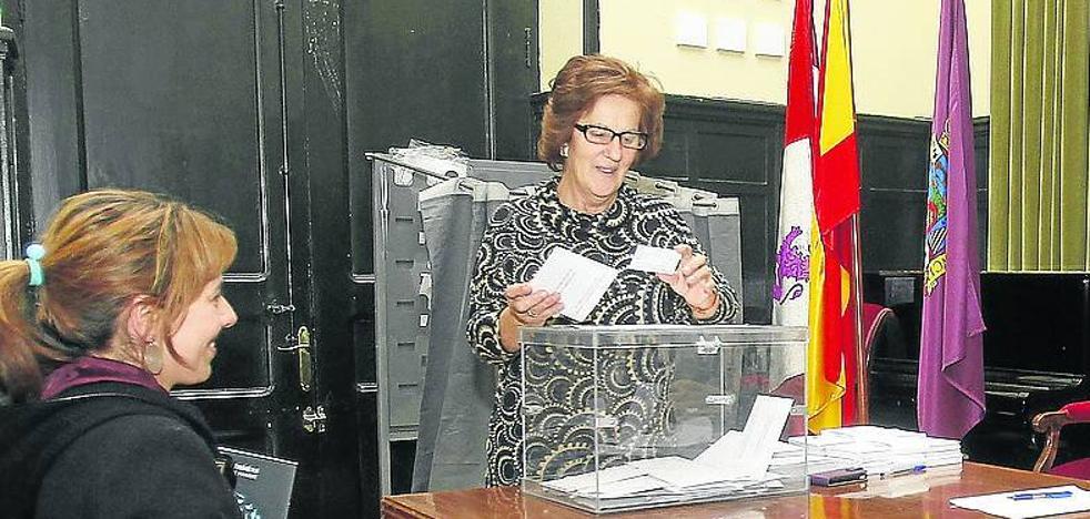 Ocho sindicatos buscan el martes en las urnas de Palencia el respaldo de 1.880 profesores