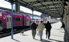 Fomento avala la continuidad del tren regional pese a que arrastra un déficit de 577.879 euros