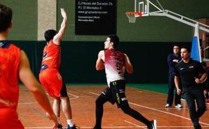 El debut de Isidro Álvarez no impide la nueva derrota del Aquimisa Carbajosa en la Liga