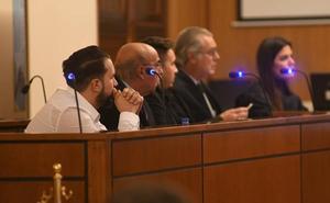 La víctima de Medina del Campo señala al padre de los dos acusados como autor del disparo