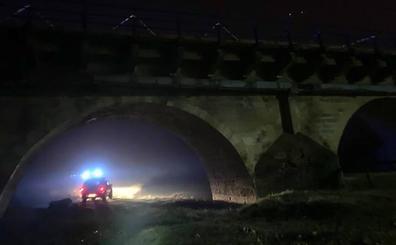 Fallece al caer con su coche al río Porma en el municipio de Villasabariego