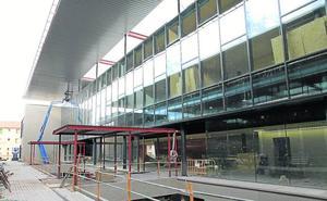 Equipar el nuevo edificio del campus María Zambrano costará dos millones de euros