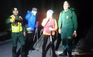 Rescatados dos montañeros en Navafría con principio de hipotermia