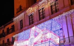 La Navidad ya luce en las calles