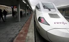 Unos 250 viajeros cogen a diario el 'tren madrugador' del Ave Zamora-Madrid, con parada en Segovia