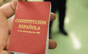 Editorial: La Constitución, imprescindible