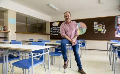 Sergio Calleja, del Colegio Maristas, más cerca de convertirse en el mejor profesor de Secundaria de España
