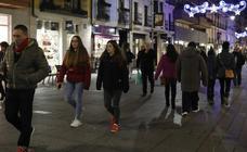 El comercio de Palencia se anima en este puente