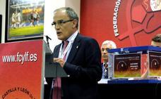 El Deportivo Palencia exige la dimisión del presidente de la federación regional de fútbol