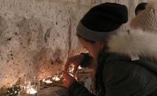 Valladolid enciende cientos de velas con fines solidarios