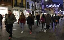 Los comerciantes de Palencia quieren acabar con la mala imagen de los locales vacíos en el centro