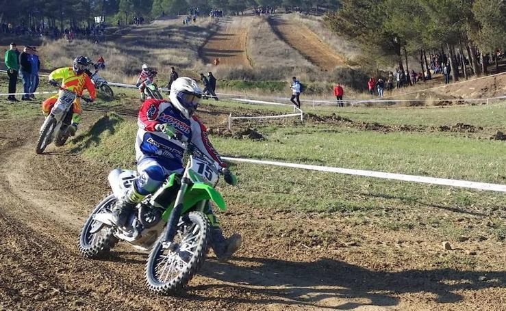 Segunda prueba del Circuito Provincial del Motocros en Dueñas