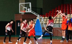 Quinta derrota consecutiva en Oviedo para el Aquimisa Carbajosa (71-67)