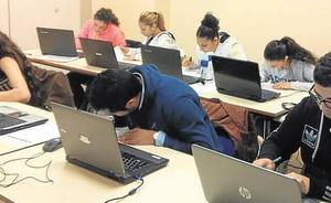 El 64% del alumnado gitano de la comunidad de entre 16 y 24 años deja los estudios