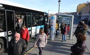 Los nuevos autobuses, con alcoholímetro para el conductor y climatizador, echarán a rodar en primavera