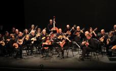 El homenaje de Cuerda para Rato a Loren López Sánchez llena el Juan Bravo