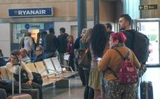 Ryanair indemniza con 250 euros por un retraso a cada viajero del vuelo Valladolid - Sevilla