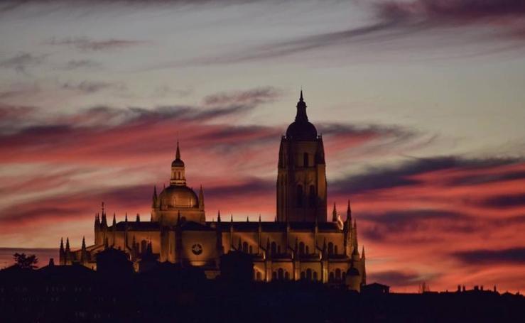 Concurso fotográfico sobre la Dama de las Catedrales