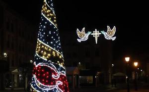 El Ayuntamiento de Palencia considera «infundadas» las críticas por la iluminación de Navidad