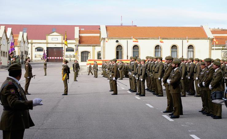 Toma de posesión del nuevo coronel del Regimiento de Ingenieros