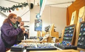 Arranca la Feria de Artesanía de Navidad en la Plaza de Portugalete de Valladolid
