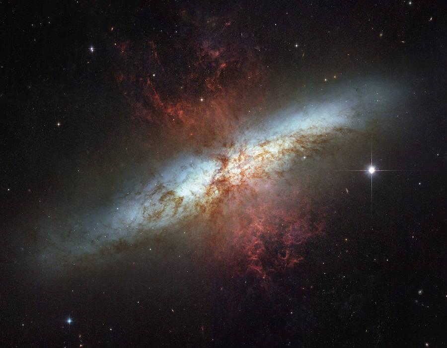 Recrean las gotas de la 'sopa' del universo primitivo