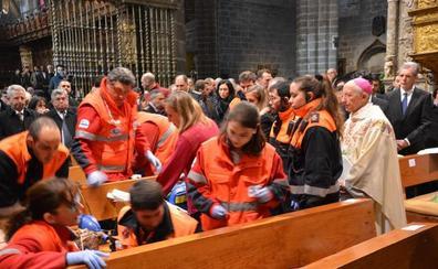 Un familiar del nuevo obispo de Ávila fallece durante la ordenación de Gil Tamayo