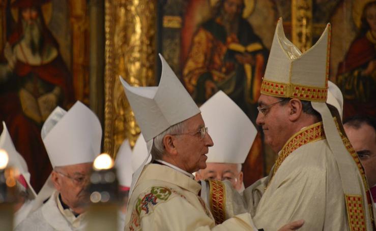 Toma de posesión del nuevo obispo de Ávila, José María Gil Tamayo