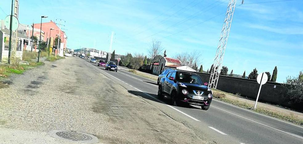 El alcalde de Santovenia demanda a la Junta un carril bici en la VA-113