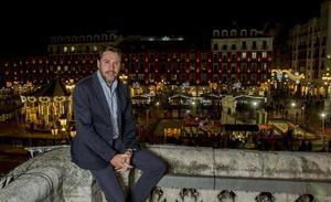 Óscar Puente: «Yo estoy en política sin red; en el PP ya piden un colchón por si se la pegan»