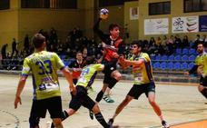 Las exclusiones lastran al final al BM Salamanca en Gijón (29-24)