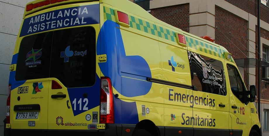 Muere una mujer tras tropezar con otra y caer por las escaleras en la calle Acebos de Salamanca