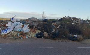 El Ayuntamiento de Ciudad Rodrigo autoriza sellar el vertedero de la carretera de Carpio