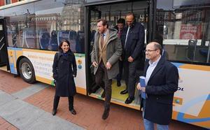 Valladolid, pionera en el uso de autobuses «híbridos» de autogas