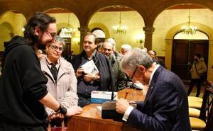 La capital arropa al nuevo libro histórico del exalcalde Jesús Málaga