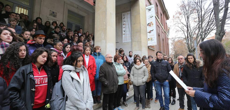 La Escuela de Arte de Palencia, donde ejerció dos meses, llora por Laura Luelmo