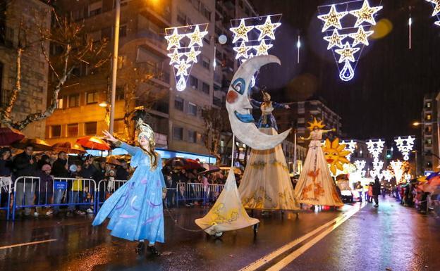 Carrozas De Reyes Magos Fotos.Siete Carrozas Acompanaran A Los Reyes Magos En La Cabalgata