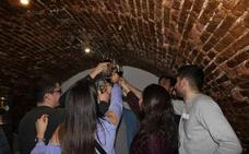 La Asociación Jóvenes por el Vino celebra en Tordesillas su primer aniversario con 300 personas