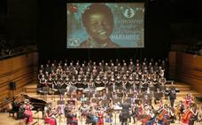 Valladolid arropa a los niños huérfanos de Benín en el XII Concierto de Navidad Harambee