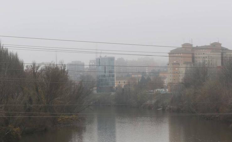 La niebla, protagonista del día de Nochebuena en Valladolid