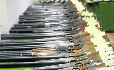La Guardia Civil controla 15.324 armas activas en Palencia y 7.720 licencias
