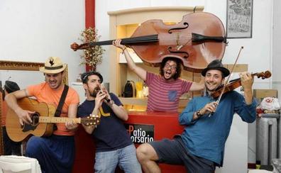 Muyayos de Raíz vuelve al público familiar con 'Las increíbles cartas del misterioso cartero'