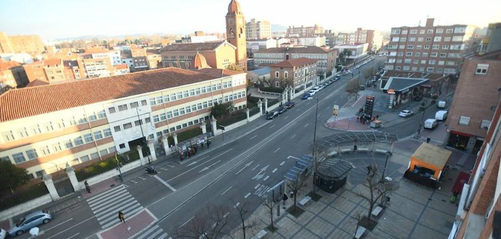 La avenida de Segovia en Valladolid ganará espacio peatonal en aceras y en la plaza del Carmen
