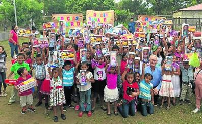 La solidaridad de la Sierra de Salamanca llega hasta Nicaragua en forma de juguetes